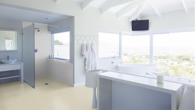 Suelos Antideslizantes Suelos Para Zonas H Medas Safetred Aqua  ~ Como Limpiar Suelo Antideslizante