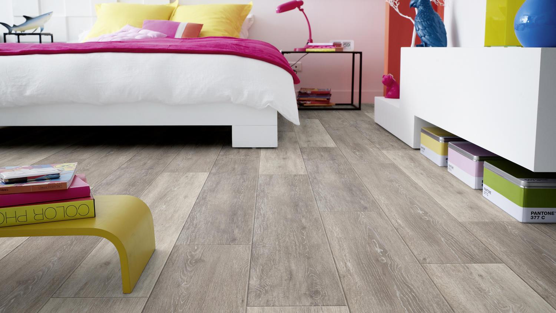 Fußbodenbelag Selbstklebend ~ Starfloor selbstklebend designboden wohnbereich tarkett