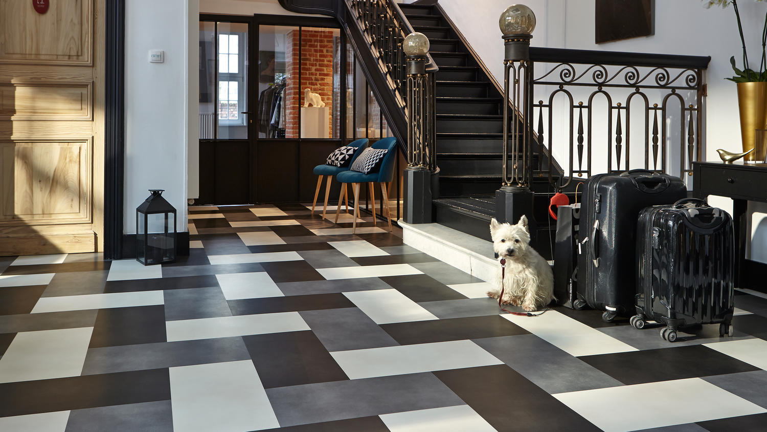 Luxury Vinyl Tiles iD INSPIRATION LOOSE-LAY | Tarkett