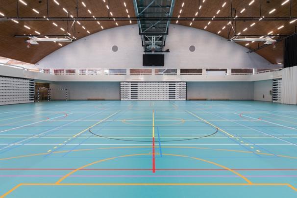 Sporthal Herentals in een nieuw jasje met polyvalente sportvloeren
