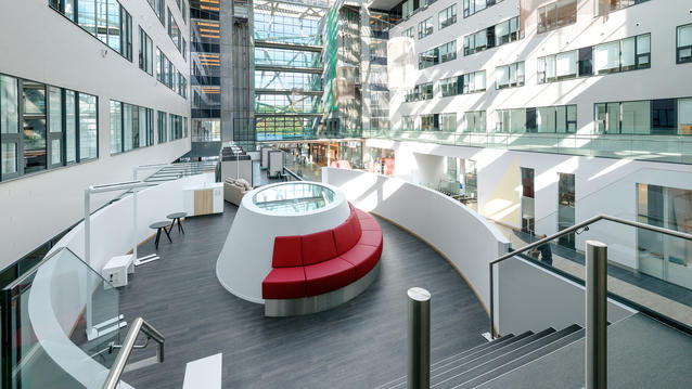 3 ways flooring can help reduce costs in hospitals